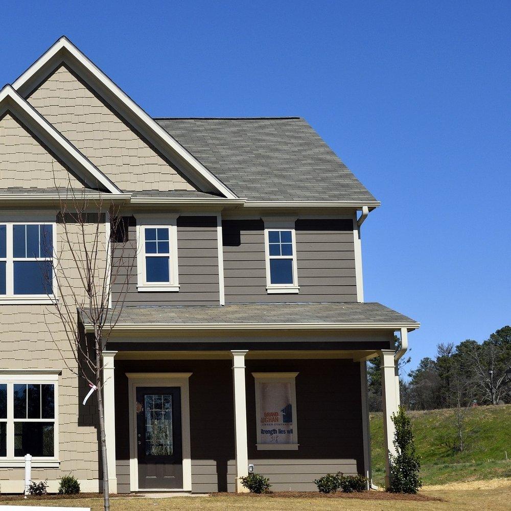 new-home-2095489_1920.jpg