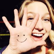 Melissa Benoist with simley face