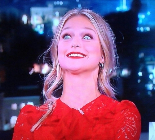 Melissa benoist the supergirl jimmy carzy eyes