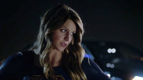 melissa benoist supergirl flying tv show cw