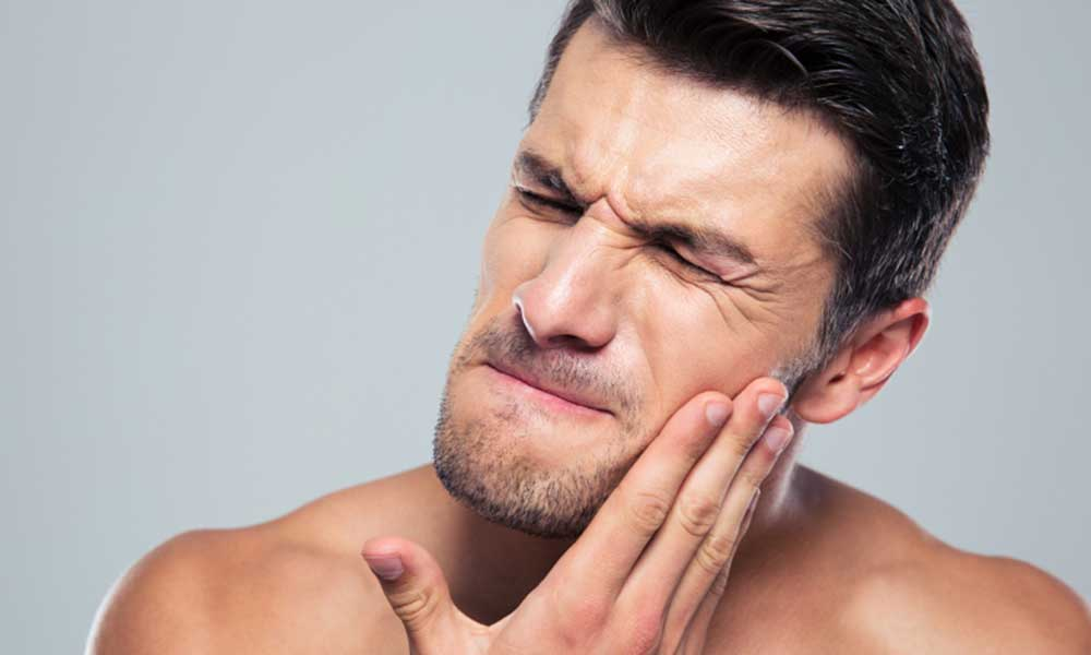 Toothache & Oral Pain - Relieve pain today, dentists with extensive experience in dental emergencies and pain free treatments→