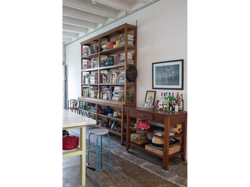 penang-heritage-house-for-sale-kitchen-shelving-and-bar
