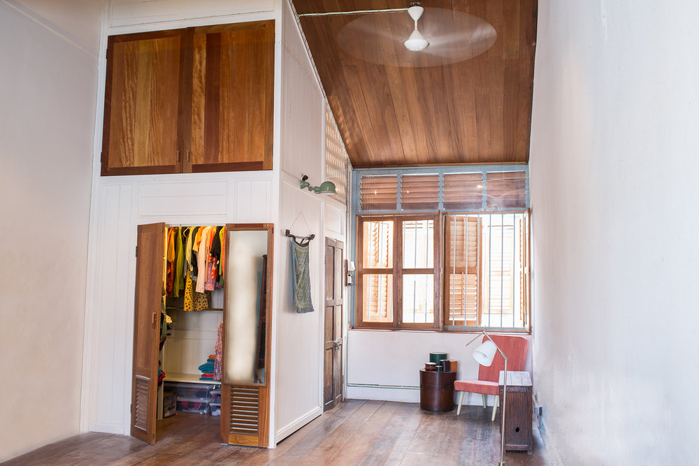 penang-heritage-house-for-sale-master-bedroom-2