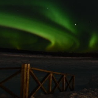 Magic Nature and wonderful moments 🇸🇪👌🏼 . .#winterwonderland❄️ #photooftheday #makeadventure #fantastictime #ourlapland #swedishlapland #wanderlust #travelsweden #goexplore #visitsweden #ig_sweden #instasweden #exploresweden #visitlapland #outdoorbloggers #polarcircle #travellapland #torneälv #travelscandinavia #explorescandinavia #simpleadventure #igsweden