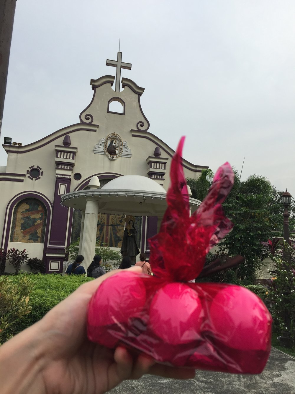 I try to visit Sta. Clara every week 💒
