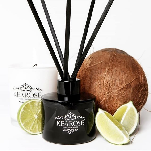 A top up of Kearose diffusers just landed in time for all those last minite purchases or get the house smelling tip top for the big day! Choice of Coconut & Lime or Black Raspberry...safe to say the little shop is smelling extra amazing thanks to these gorgeous scents 🖤