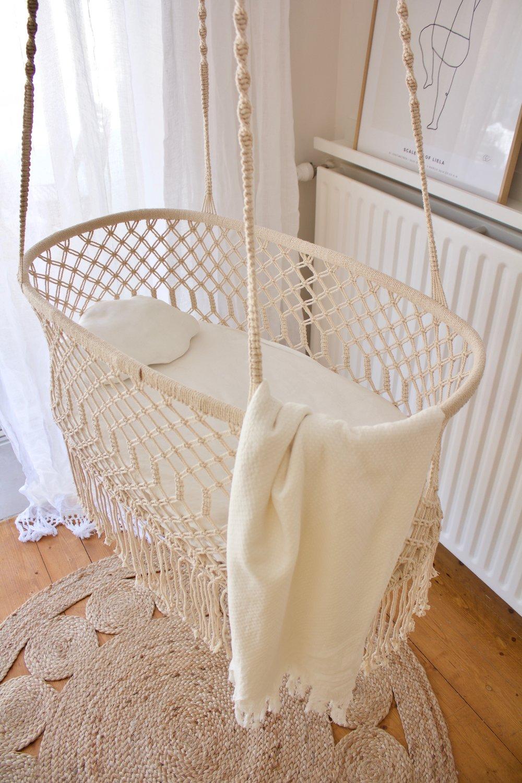 Magical Hanging crib