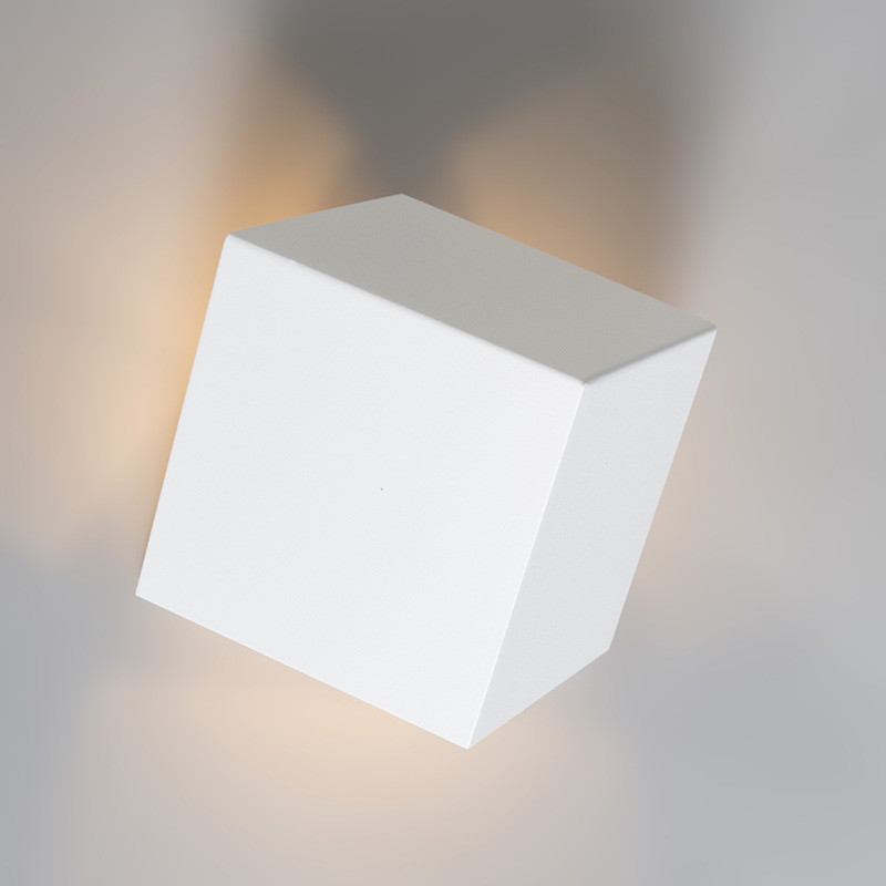 Wandlamp-Cube-wit (1).jpg