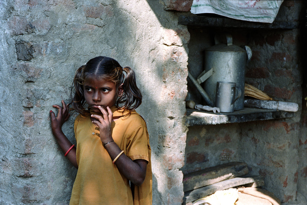 Web_amar_little indian girl on farm.jpg