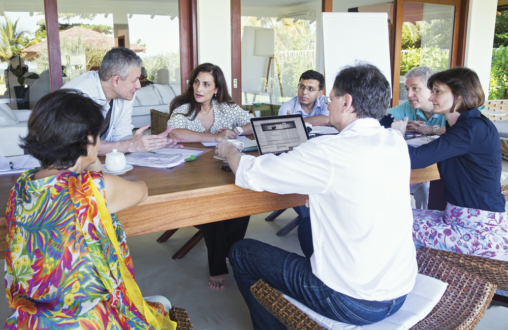 Discussions at the 3rd Global Table in Campo Bahia Brazil_BMW Foundation_2015_Claudia Leisinger-2.jpg