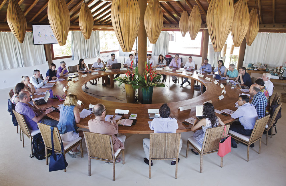 Discussions at the 3rd Global Table in Campo Bahia Brazil_BMW Foundation_2015_Claudia Leisinger.jpg