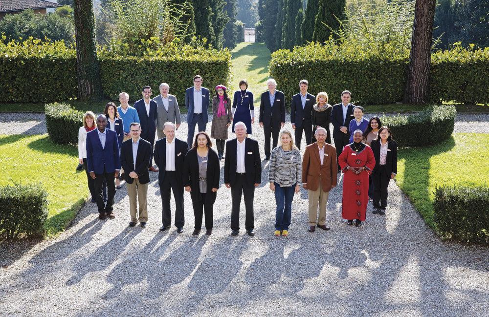 Group Photo_2GT_BMW_Foundation, Italy 2014_Claudia Leisinger.jpg