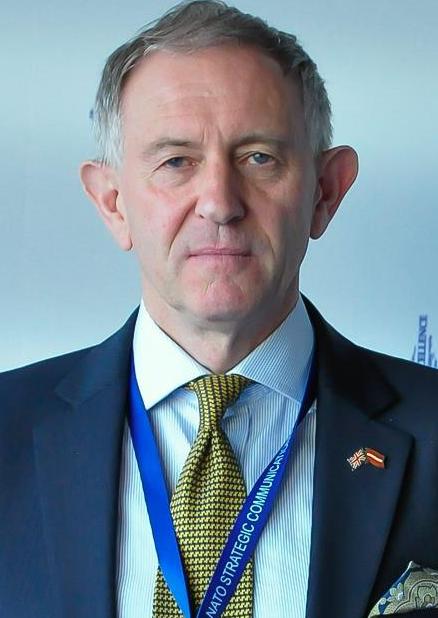 Glen Grant - Aizsardzības eksperts, Ukrainas Nākotnes institūta vecākais līdzstrādnieks, ilgstoša līderības pieredze dažādos uzņēmumos un militārajā sfērā