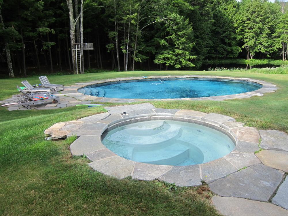 Hot Tub and Pool.jpg