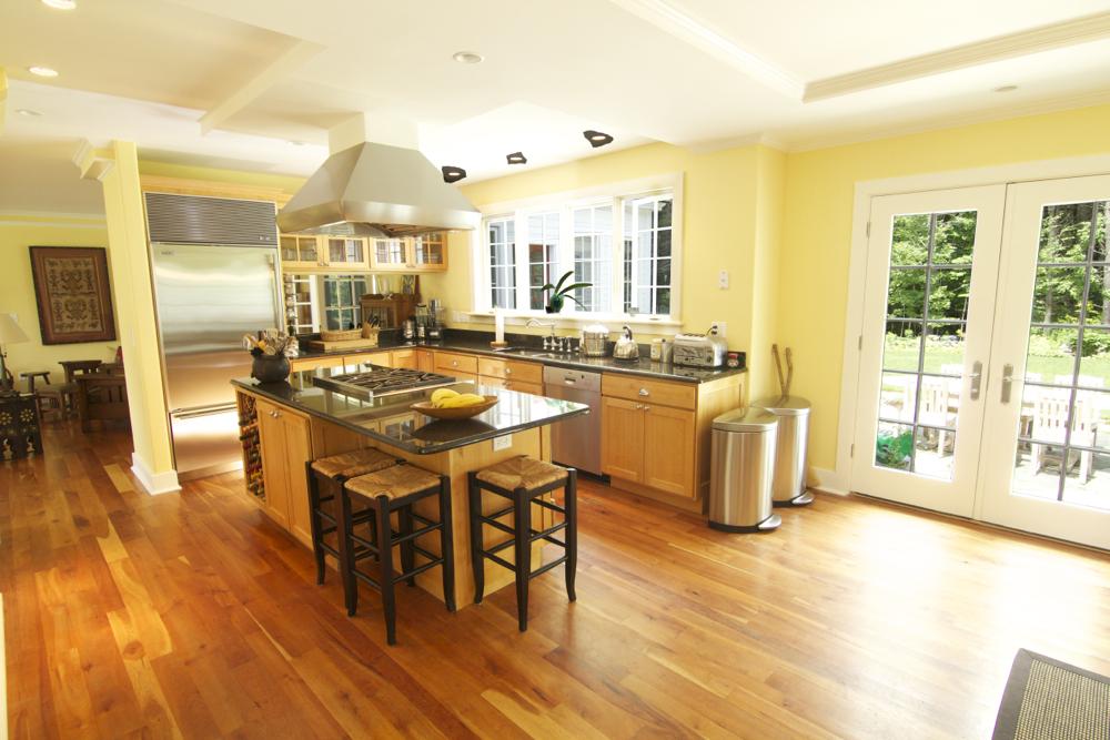 Kitchen Wide 2.jpg