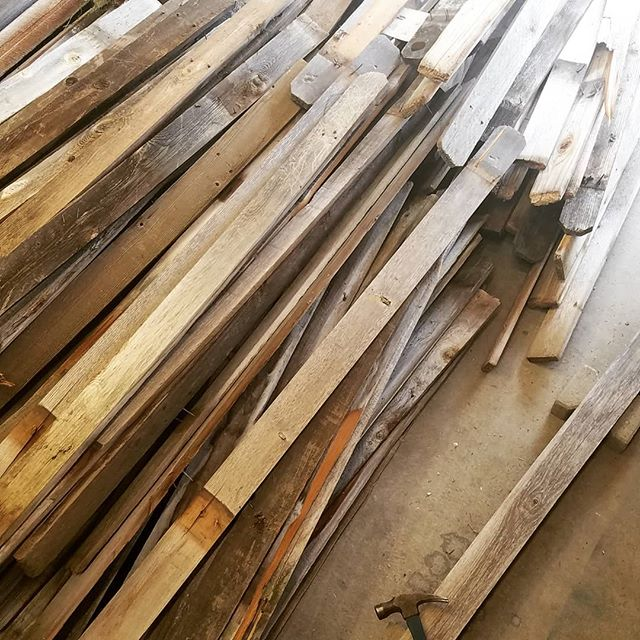 Wanting something built withreclaimed fence board? Art panels, raised planters, sliding doors...you name it.  We spent part of Sunday cleaning up a load that we just picked up and some of it is still available for new projects.