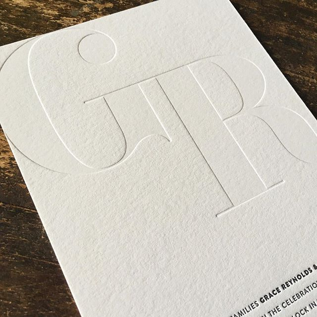 Many people have never heard of a blind impression in letterpress and are skeptical of how they would turn out since no ink is used. This blind impression on a wedding invitation creates a modern, clean and simplistic aesthetic. . . . . . . #austinletterpress #letterpress #weddinginvitations #businesscards #modernwedding #blindimpression