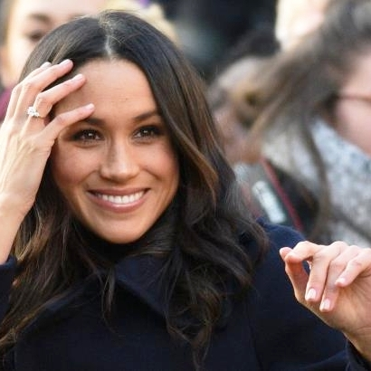 meghan-markle-the-queen-and-kate-middleton-nail-polish-they-all-wear-essie-ballet-slippers-meghan-ma_762566_.jpg