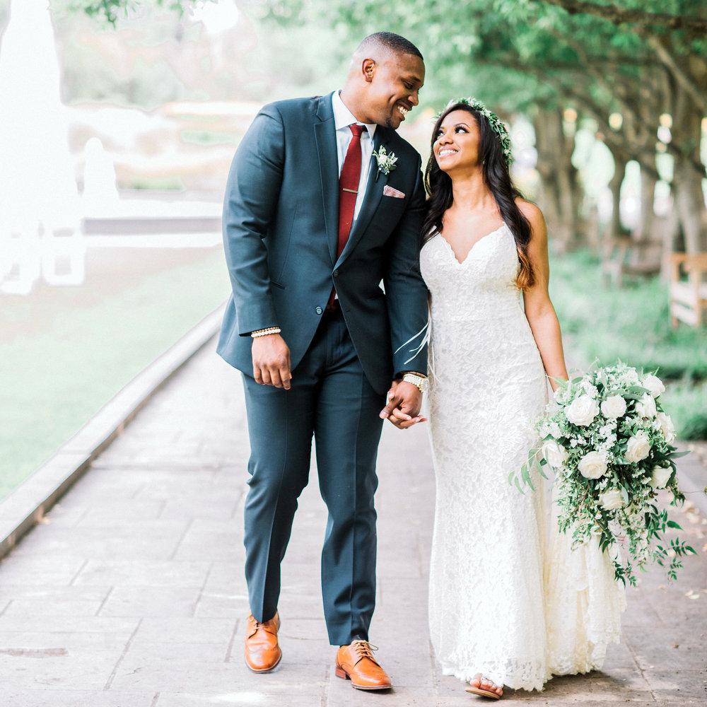Dallas_Texas_Discovery_Gardens_Wedding_VanessaAlvin1747_square.jpg
