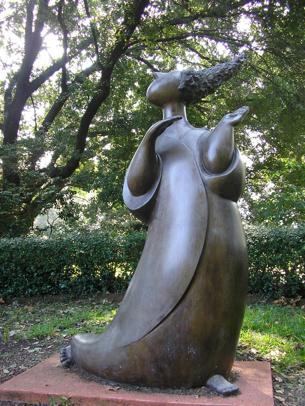 the Gossip sculpture (1).jpg