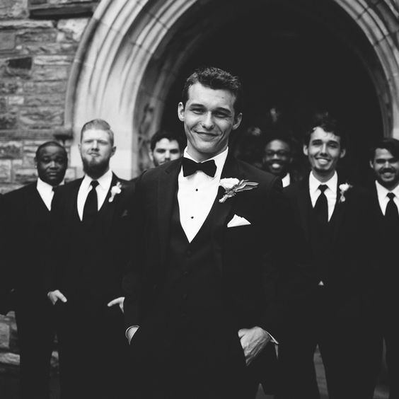groom-suits-ushers-black-white