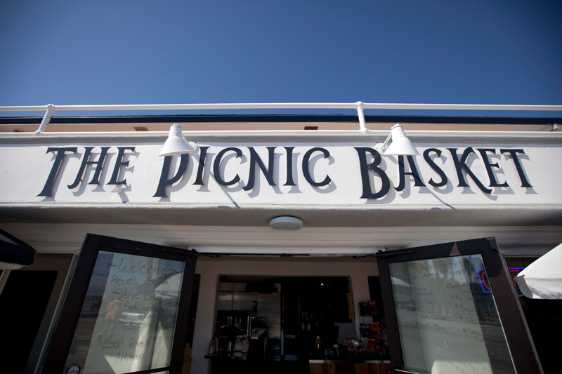 picnic-basket-sign_SC_Green_Builders.jpg