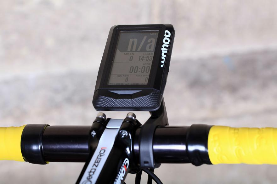 wahoo-element-gps-bike-computer-bars.jpg
