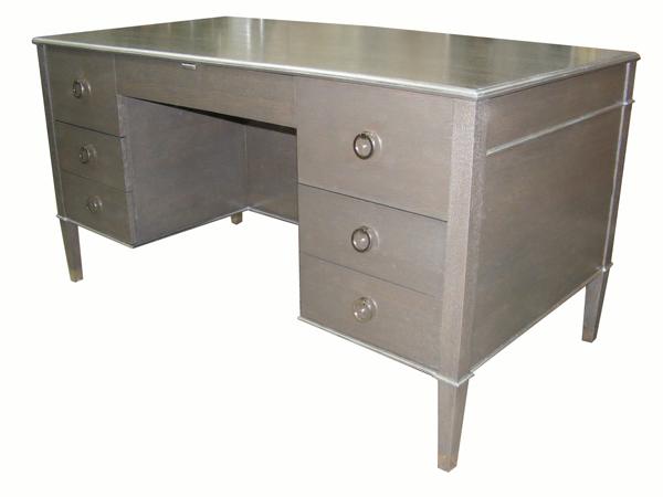 desk120.jpg