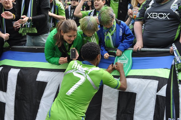 JAMES RILEY - GIVING AUTOGRAPH.png