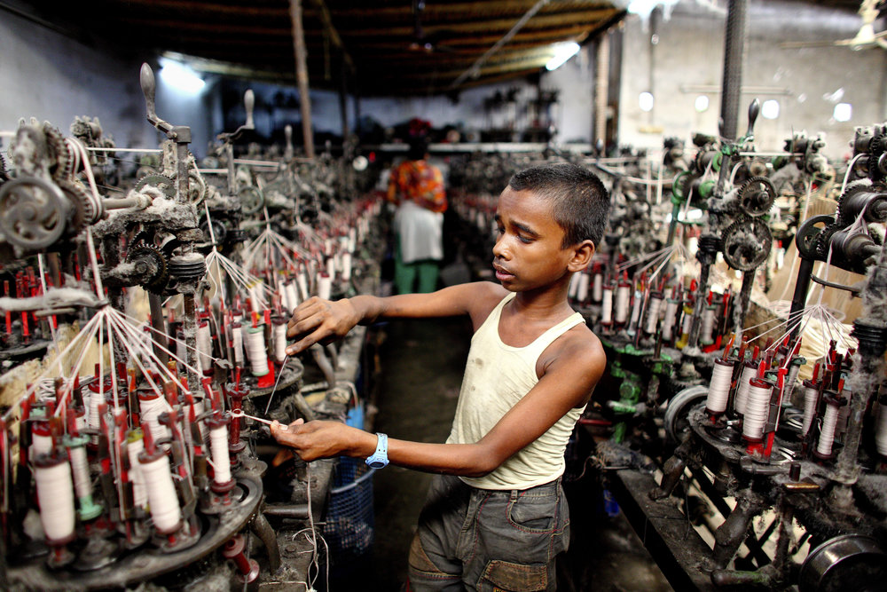 Child labor underpinning saspects of the fashion industry.  Photo: Unicef