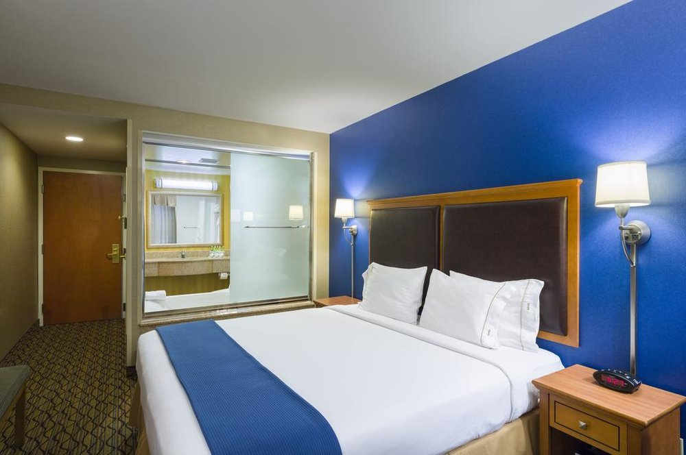 Holiday Inn Express New York City Chelsea - Free WiFi, Facilities for Disabled Guests, Fitness Center, Pet Friendly