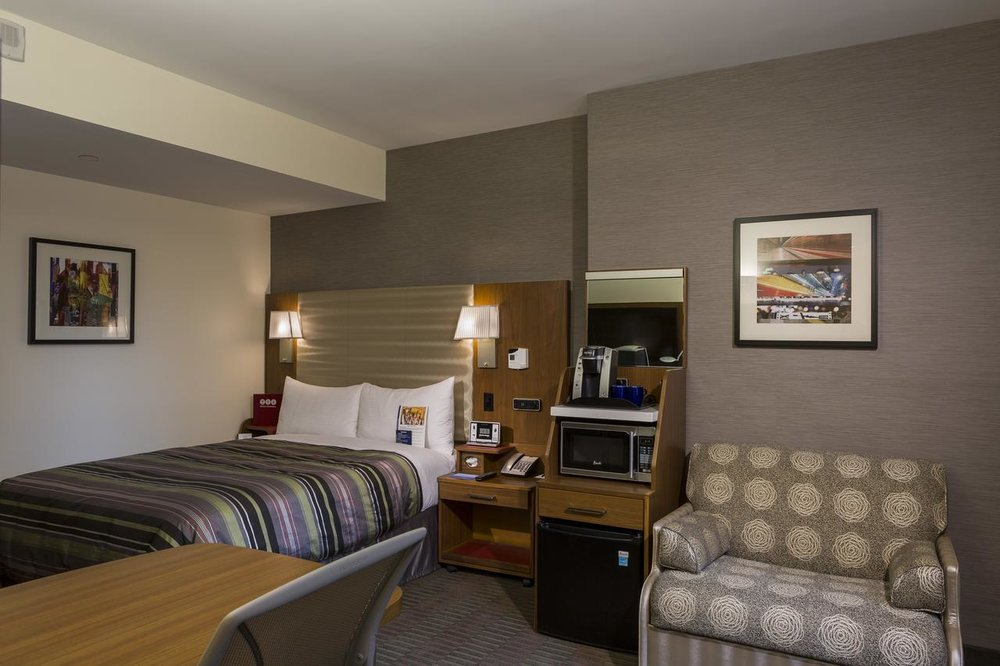 Hotel Boutique at Grand Central - Free WiFi, Parking, Fitness Center,Restaurant
