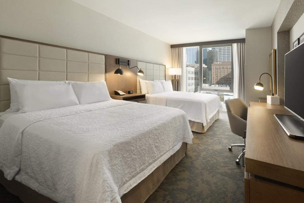 Hampton Inn Chicago West Loop - Fammily Rooms, Free Wifi, Private parking