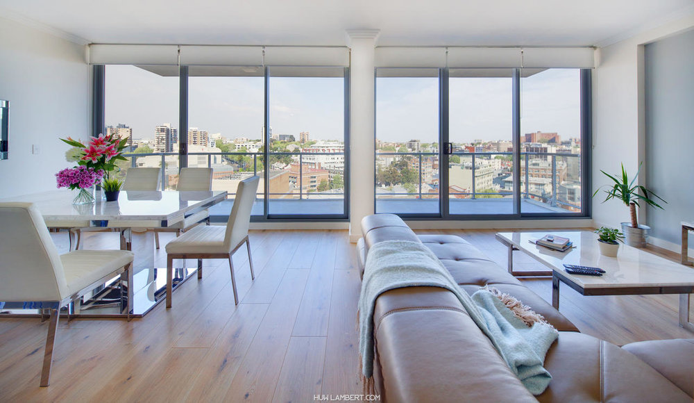 Zara Tower – Luxury Suites and Apartments - Free WiFi, Family Rooms, Parking, Laundry