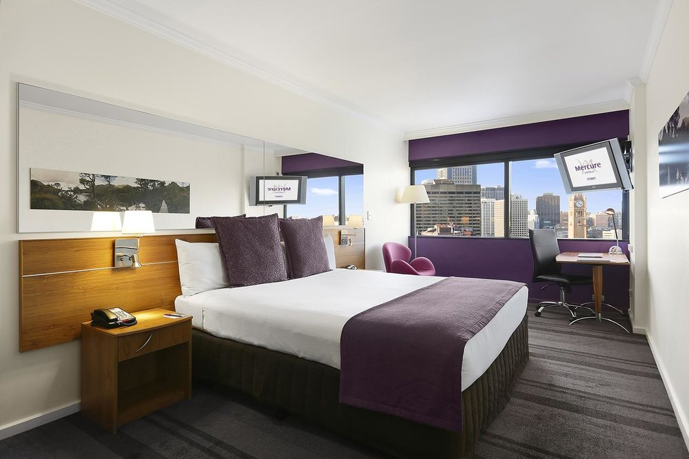 Mercure Sydney - Parking, Swimming Pool, Fitness Center, Non-smoking Rooms.