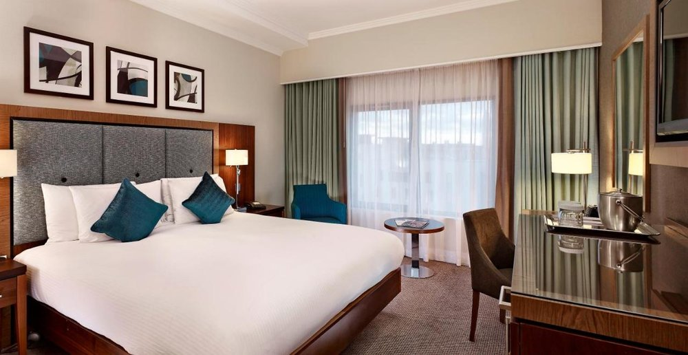 DoubleTree by Hilton London Victoria - Free WiFi, Non-smoking Rooms, Restaurant, Room Service
