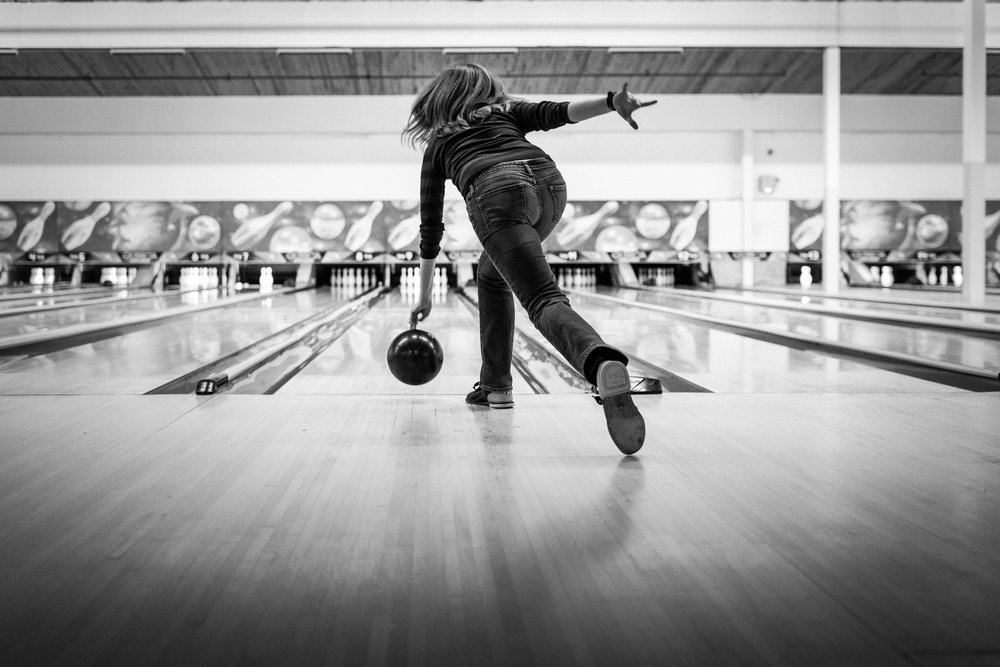 i don't know much about bowling form, but she looks legit to me.