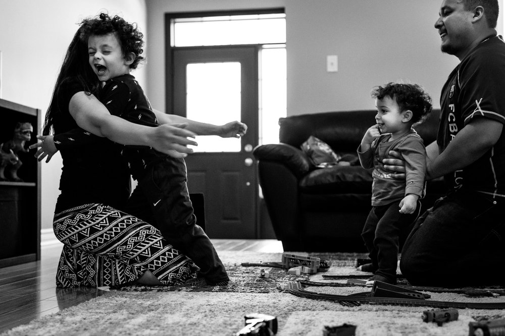 family documentary photography brampton -120457vm.jpg