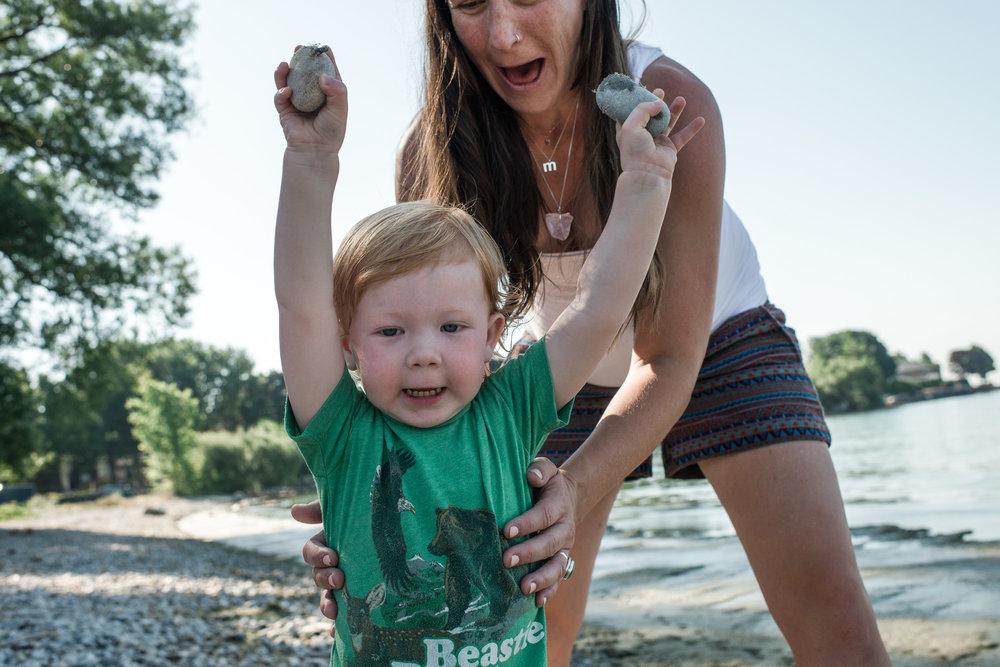 family documentary photography in kingston by viara mileva-093255vm.jpg