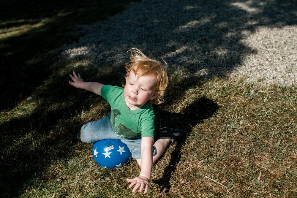 family documentary photography in kingston by viara mileva-095528vm.jpg
