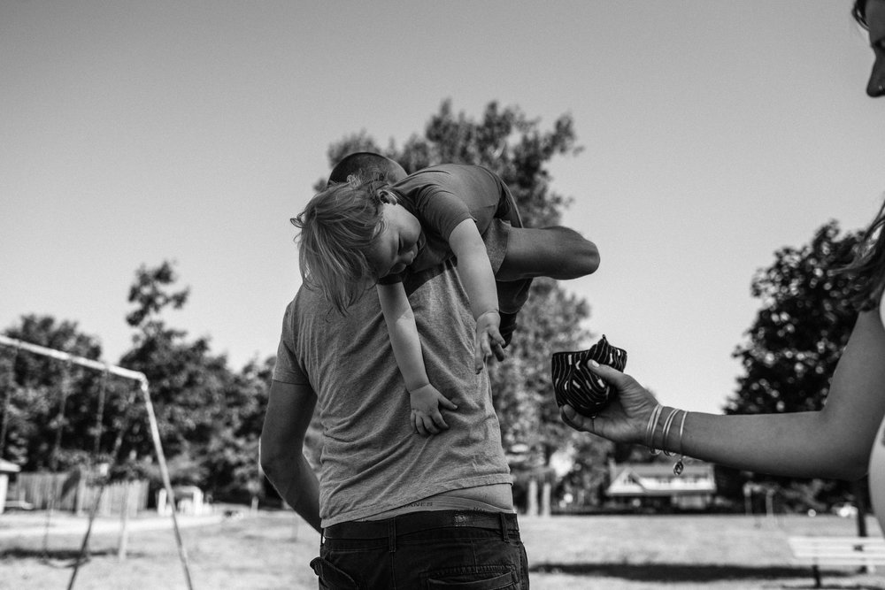 family documentary photography in kingston by viara mileva-100007vm.jpg