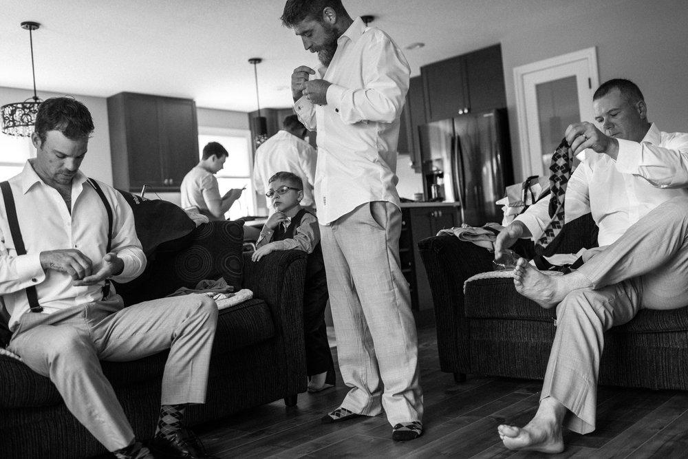 Prince Edward County Wedding Documentary photographer-170902120504vm.jpg