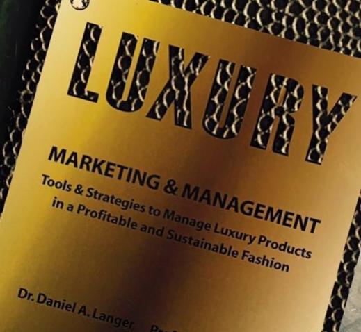 Dr. Daniel Langer Luxury Marketing & Management