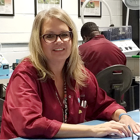 - I like the responsibility and challenge of building a product and seeing the final result. To me, each challenge is a personal goal I set for myself, which I love. So, every day I'm working toward reaching a goal, and that is rewarding for me.Kelly Uhring, Assembler, team member since January 2006