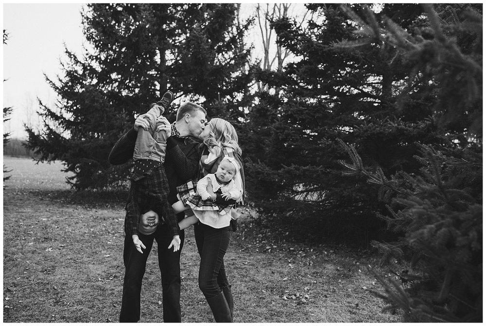 Pewaukee-lifestyle-family-photographer (16).jpg