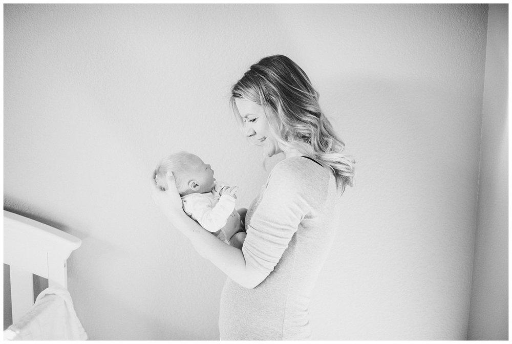 milwaukee-newborn-photographer-2018 (17).jpg