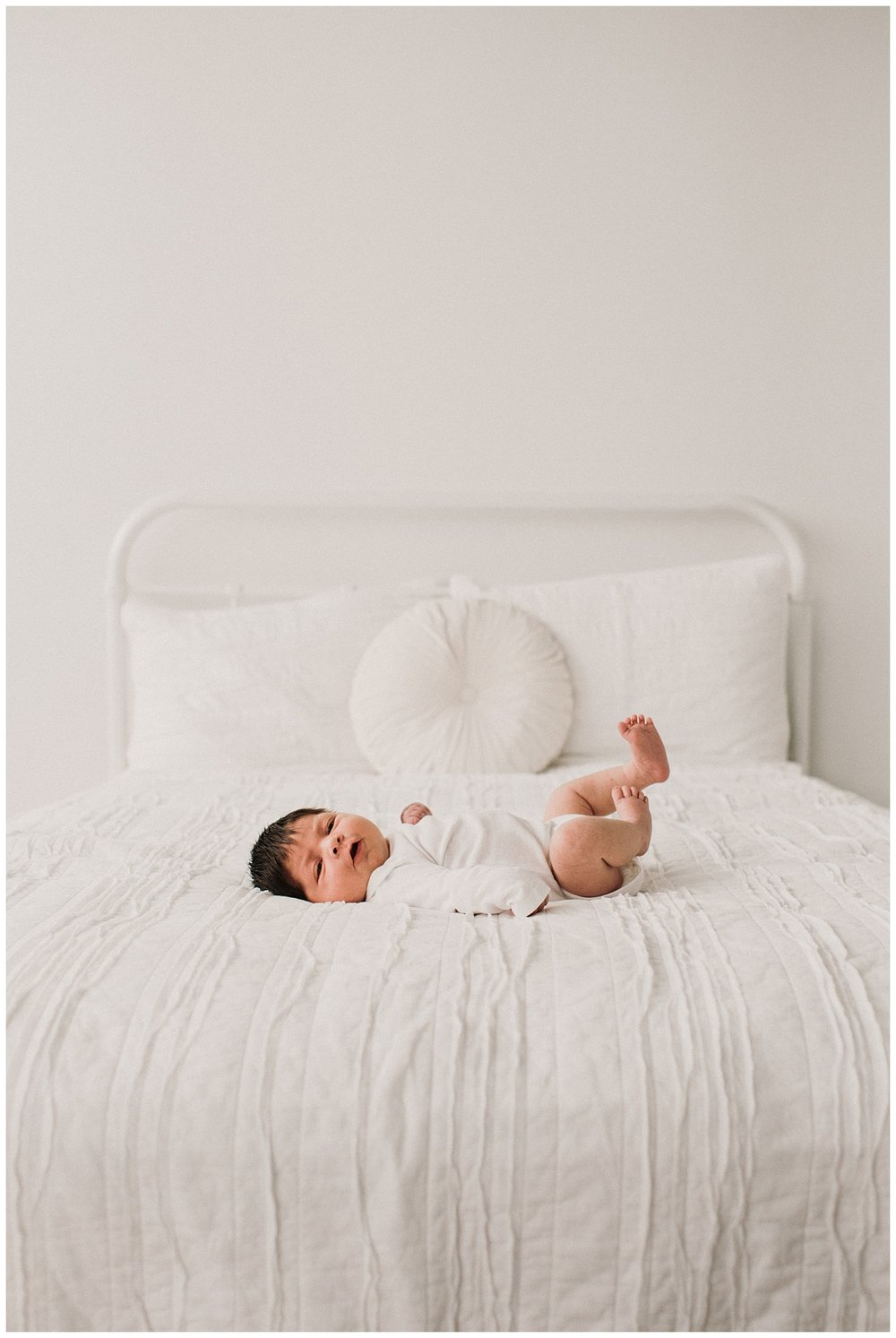 Milwaukee-newborn-photographer-2019 (26).jpg