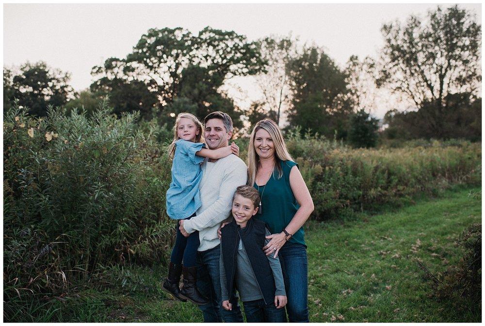 Brookfield-family-photographer-mini-session (6).jpg
