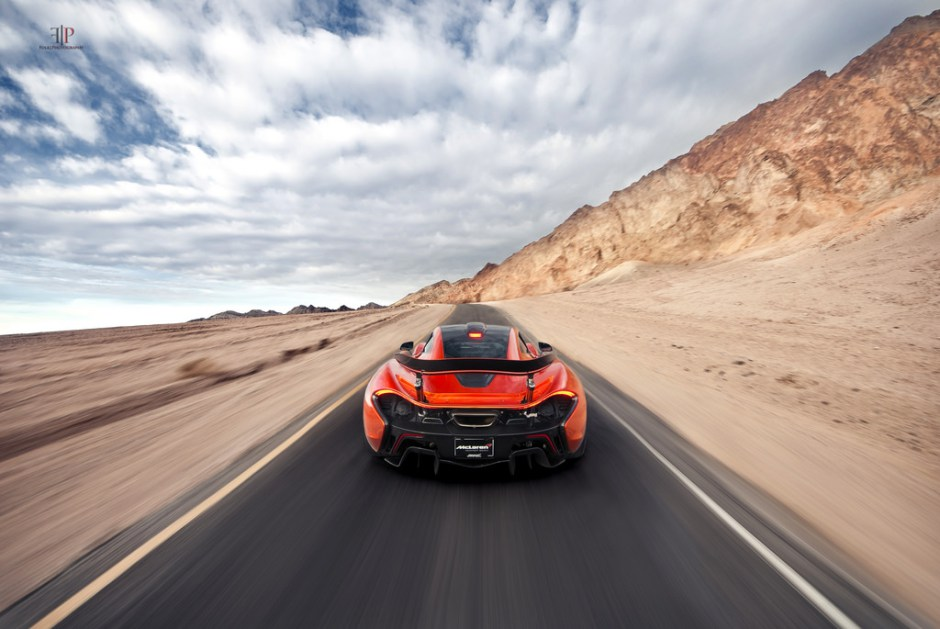 folk-photography-mclaren-p1-warp-speed.jpg