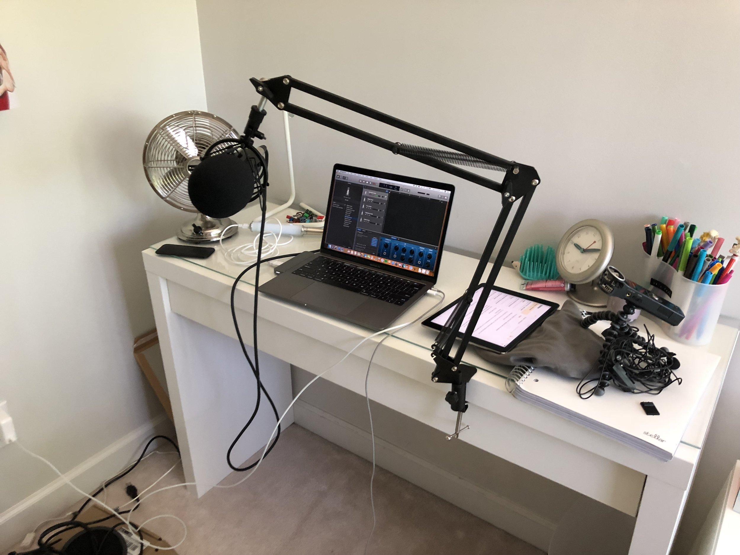 Podcast Episode 3 Aston Martin Hwyl Auto Club